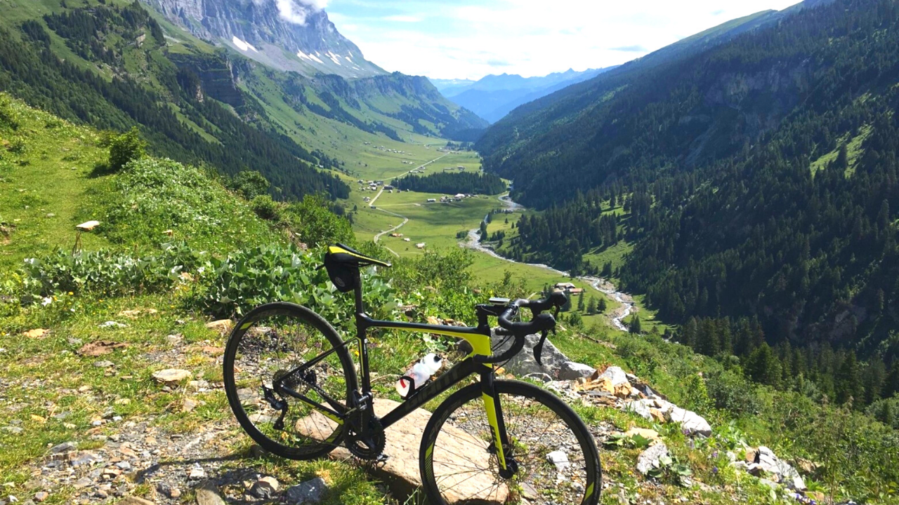 Road Bike Rentals in Zurich, Switzerland | Livelo